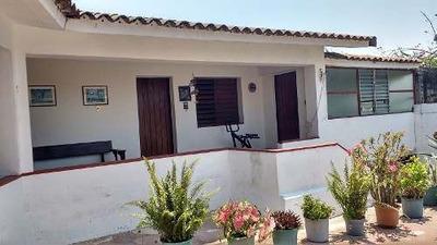 Terreno Con Casa Esquina Lateral Av. Cuautemoc Y Calle Encinos