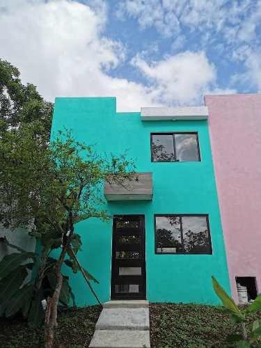 Se Vende Casa Cerca De La Facultad De Arquitectura Uv En La Colonia Toxpan En Córdoba