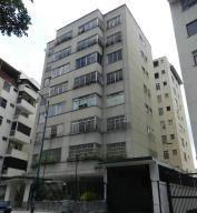 Apartamento En Clnas. De Bello Monte Cr Mls #16-6036