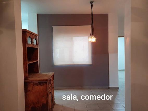 Departamento En Renta Calle B. De Sahagún, Buenavista