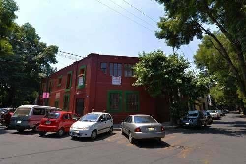 Hermosa Casa Con Valor Histórico En Coyoacán