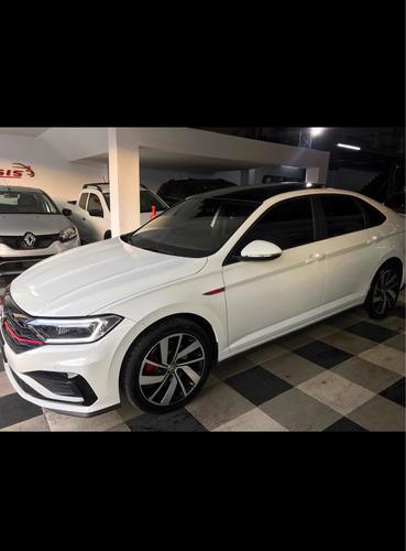 Volkswagen Vento 2.0 Tsi Gli 60660537
