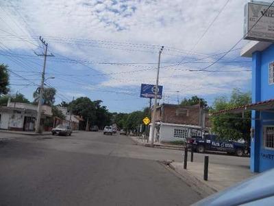 Local Comercial En Venta En Colonia Plutarco Elías Calles.