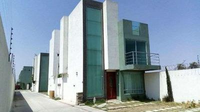 Se Renta Casa En Frac. Kunem En San Francisco Ocotlan, Puebla