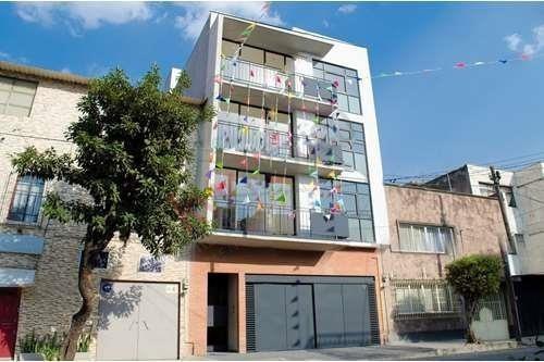 Departamento Tipo Loft (doble Altura En Recamara) En Laurel Santa Maria La Ribera