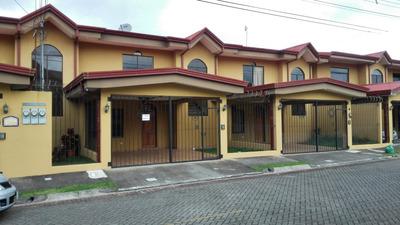 Apartamento Tipo Townhouse En Residencial Privado