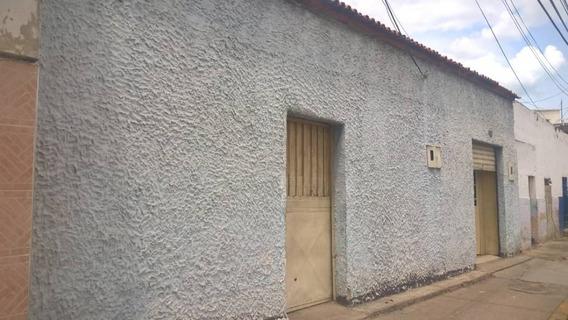 Casas En Venta / Andrews Rivero 04124959888.