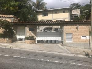 Cl Casa En Venta En Colinas De Carrizal Mls-21-4480
