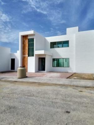 Se Vende Casa De 4 Habitaciones En San Diego Cutz, Conkal