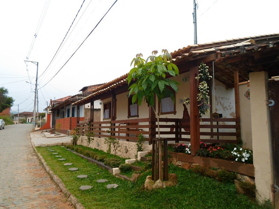 Vende-se Casa Tiradentes (bichinho)