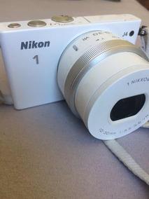 Nikon 1 J4 + Lente 10-30mm + 2 Baterias