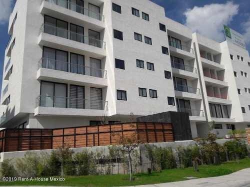Departamento En Venta En Zibata, El Marques, Rah-mx-19-570