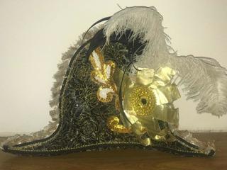 Sombreros Bicornios De Carnaval Emplumados