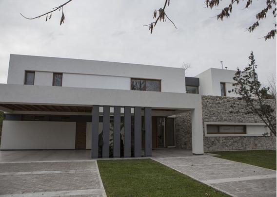 Casa En Alquiler En Grand Bell Grand Bell - Alberto Dacal Propiedades
