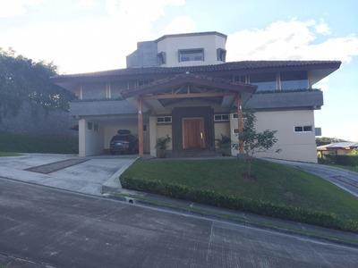 Se Vende Espectacular Casa Brasil De Mora
