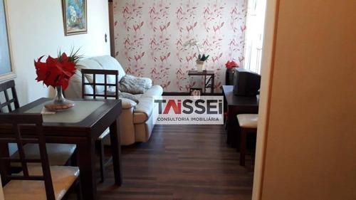 Apartamento 60 M², 3 Dormitórios - Ap8313