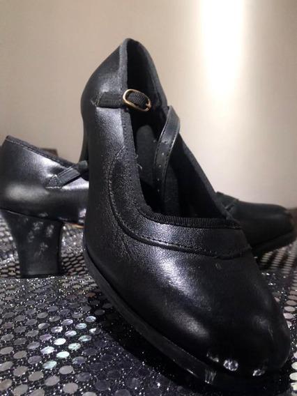 Sapato De Dança Flamenca E Sapato Sapateado
