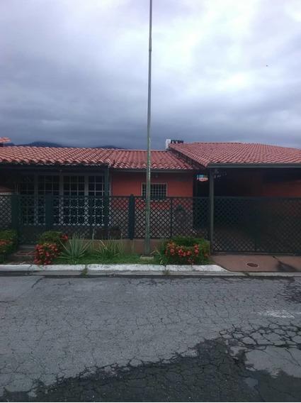 Se Vende Casa 190m2 3h/2b/2p Guatire