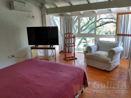 Casa Bº Los Carolinos - 4 Dorm -