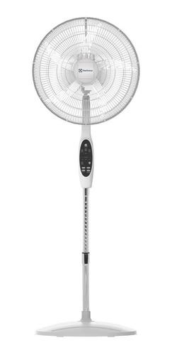 Ventilador Con Ionizador Electrolux Vp21r