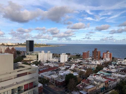¡increíbles Vistas! Apartamento En Alquiler 2 Dormitorios En Barrio Sur Con Garaje