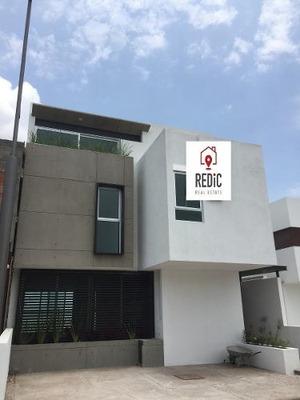 Estrena Moderna Casa De 3 Hab. Sala Tv Y Roof Garden En Lomas De Juriquilla