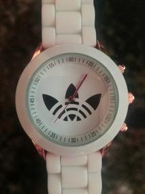 Reloj Blanco Y Negro Color A Elegir