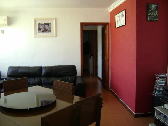 Apartamento 2 Quartos, Reformado Bairro Tristeza.