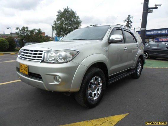 Toyota Fortuner Urbana Mt 2700 Aa