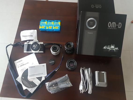 Câmera Olympus Omd Em10 Mark Ii + Vários Acessórios