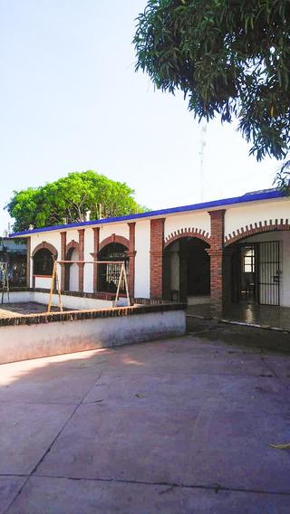 Se Renta Casa En Ixtepec Para Oficina - Escuela U Hogar