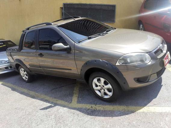 Fiat Strada Motor 1.6 2013 Cinza 2 Portas
