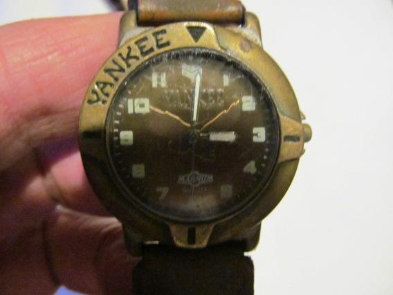Lindo Relógio Yankee Com Catraca Caixa 38mm Arte Som