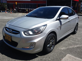 Hyundai I25 2012 Full Equipo