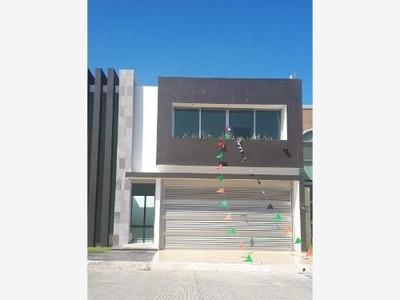 Casa Sola En Venta Fracc: Lomas Residencial