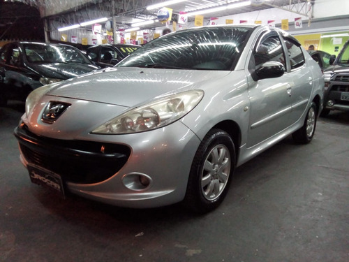 Peugeot 207 1.4 Passion 2010 Completo