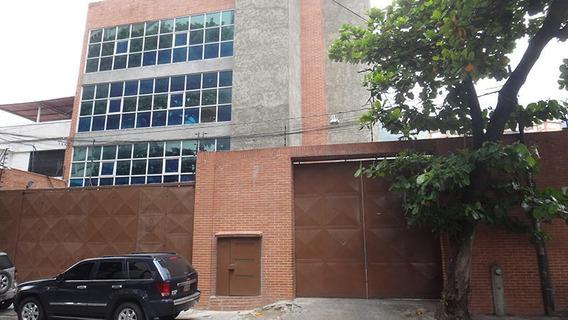 Moderno Edificio Para Oficinas