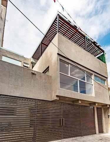 Estrene Casa En La San José Insurgentes Con Páneles Solares