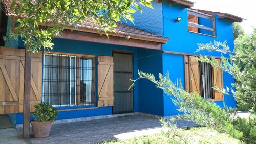 Imagen 1 de 11 de Chalet + Cabaña En Mar Del Plata