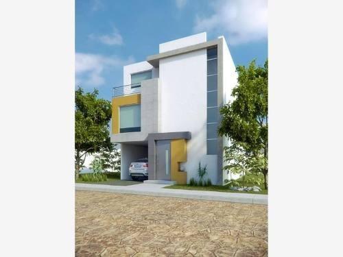 Casa Sola En Venta Residencial Platinum 2,200,000 Pesos