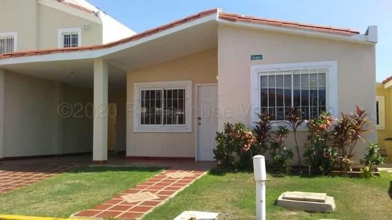 Alquilo Casa Caminos Del Doral Carlos Lobo