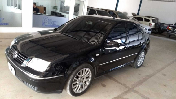 Bora Highline 1,8 Turbo Nafta