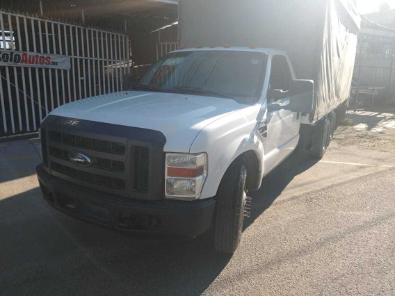 Ford F-350 Super Duty V-8-- 5.4