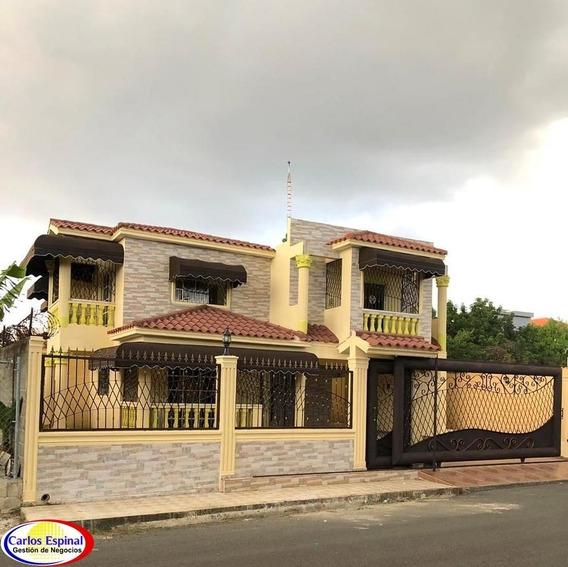 Casa De Alquiler En Santo Domingo, República Dominicana