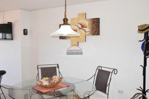 Apartamento En Peninsula 2 Dormitorios- Ref: 4785