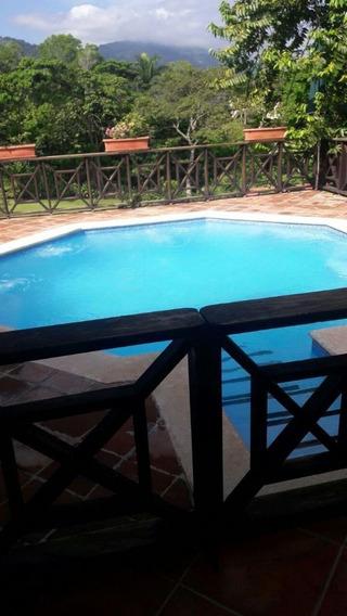 Villa De Venta En Jarabacoa Rmv-161