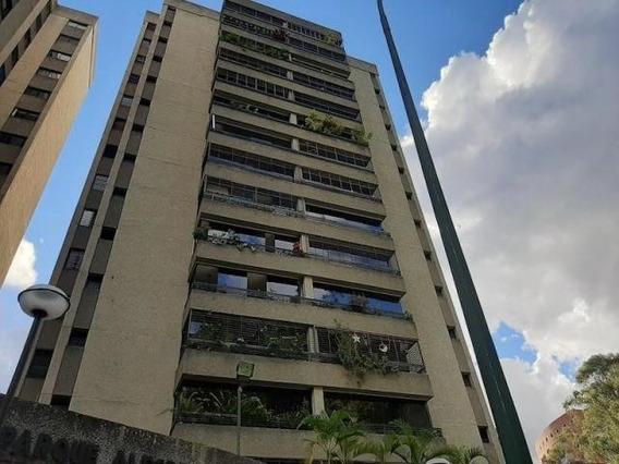 Apartamento En Venta - El Cigarral - 20-3472