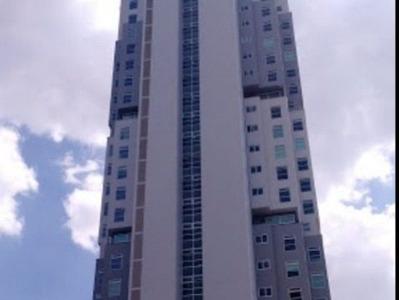 Departamento De Lujo En Renta En Torre Attala