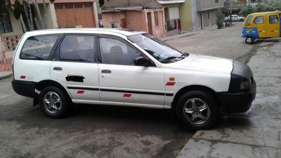 Nissan Ad Wagon 1995 Blanco 5 Puertas