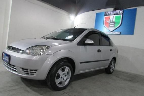 Ford Fiesta Sedan 2005 1.0 Personnalité